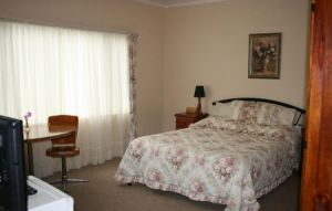 Woodridge Park Country Retreat - Kingaroy Accommodation