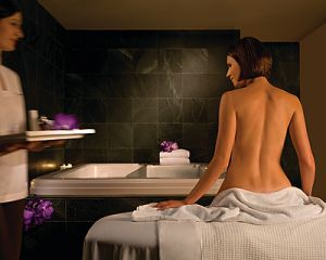 Four Seasons Hotel Sydney Spa - Kingaroy Accommodation